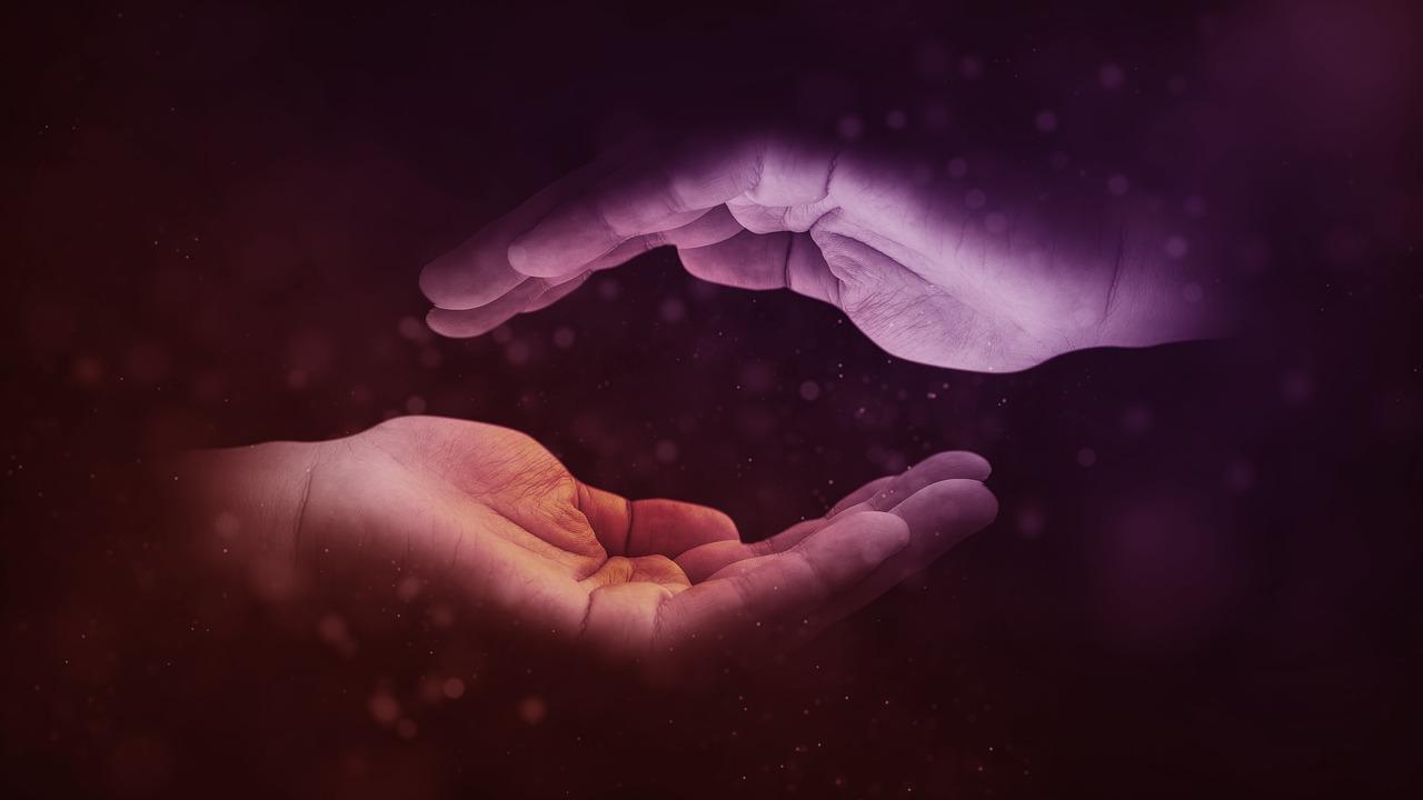 Dar Y Recibir: Un Intercambio De Energía Que Nos Conduce A La Abundancia